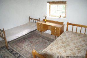 One of the bedrooms in Deralinya Homestead