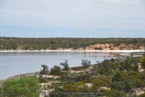 Looks nice, Googs Lake, South Australia