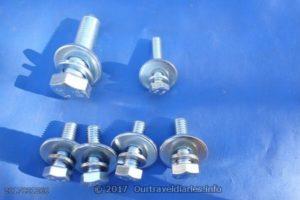 The bolts for Asfir rear air con skid plate